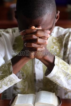 prayer sunday morning catholic mass lome